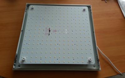Deckenleuchte mit LED Flächenprint